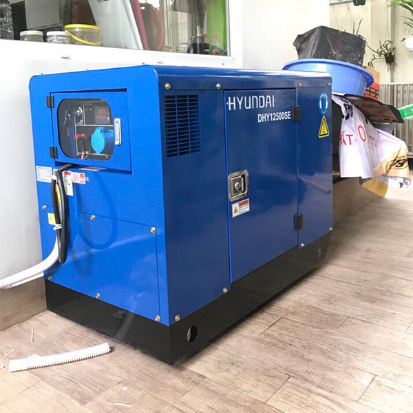 Máy phát điện 10kw chạy dầu 1pha. DHY12500SE 1